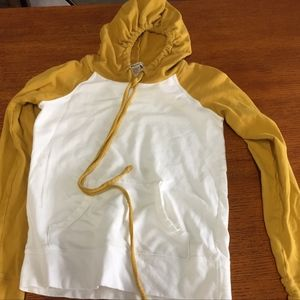 Adorable Hoodie in EUC (pick 3 items for $24)